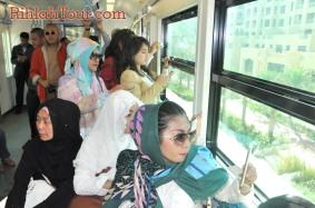 Menikmati Pemandangan Kota Dubai dari Monorail