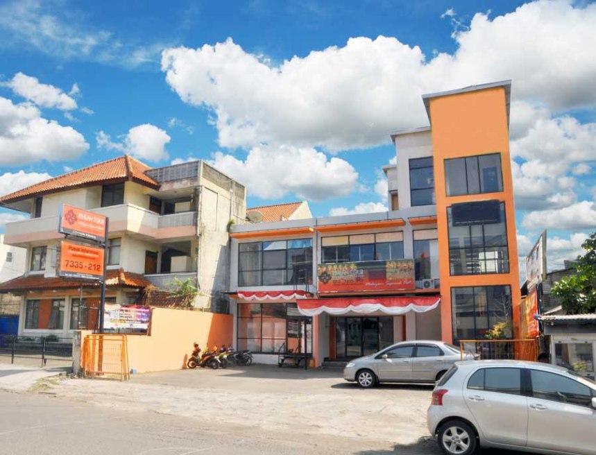 Rihlah Tour Jl Emong 9