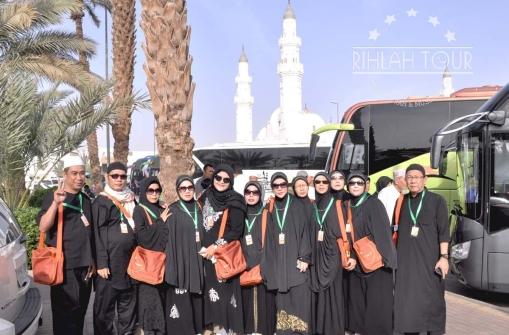 masjid-baqi-latar-blkg-rihlah-tour.jpg